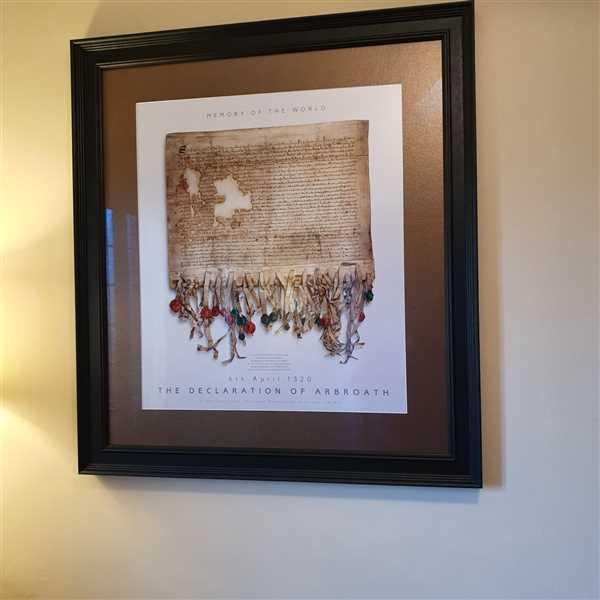 Mary Montgomery verified customer review of The DECLARATION OF ARBROATH - GOLD metallic print editions - Pearl
