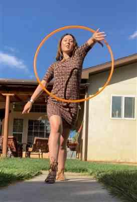 Leslie C. verified customer review of UV Glow PolyPro Hula Hoop