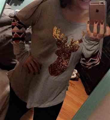 Lizzzlouwho verified customer review of Long Sleeve Reindeer Sequin Christmas T-shirt