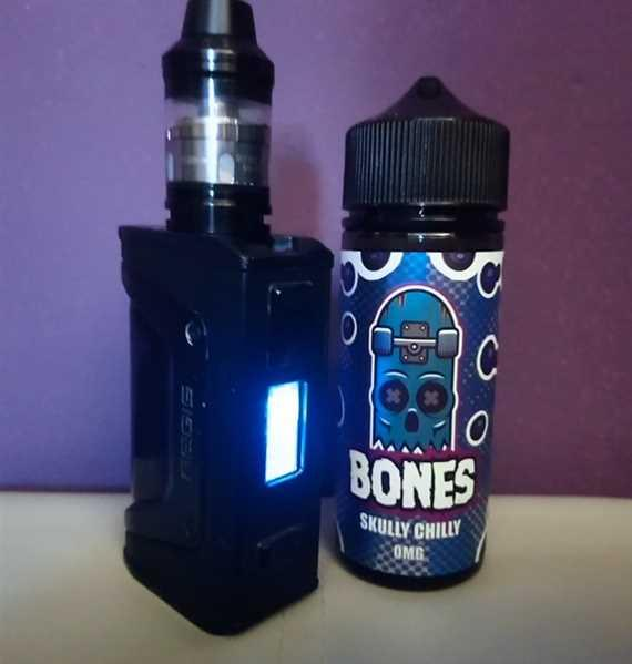 Vape and Juice Bones by Wick Liquor Skully Chilly Review