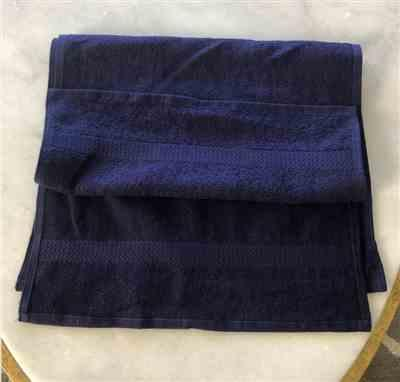 Loi N. verified customer review of 16 x 27 Navy Blue Salon Towels Bleach Resistant (100% Cotton)