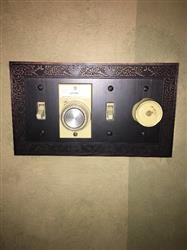 Allan S. verified customer review of English Garden Aged Bronze Cast - 4 Toggle Wallplate
