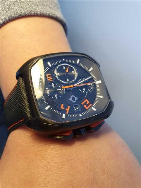LIV Swiss Watches LIV Rebel-AC Signature Orange Review
