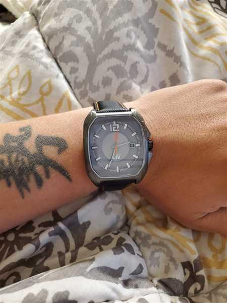 LIV Swiss Watches LIV Rebel-A Cosmic Gray Review