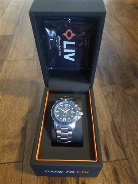 Luis Alatorre verified customer review of LIV Diver's 41mm Classic Black