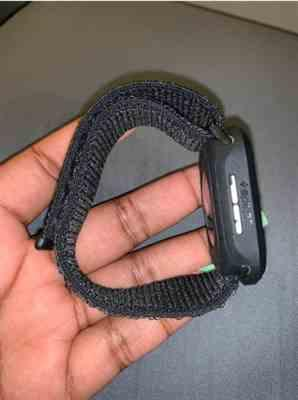 Arian verified customer review of Apple Watch Bands | Woven Nylon Sport Loop Strap