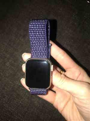 Canice verified customer review of Apple Watch Bands | Woven Nylon Sport Loop Strap