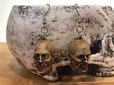 Lisa c. verified customer review of Severed Zombie Head Dangling Earrings