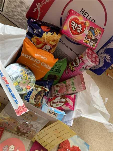 Anonymous verified customer review of <b>Signature SeoulBox | the Ultimate Korean Snack Box</b>