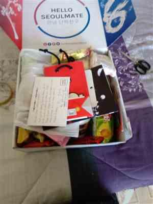 Mercie J. verified customer review of <b>Signature SeoulBox | the Ultimate Korean Snack Box</b>