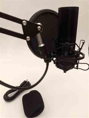 Sparks verified customer review of TONOR Q9 USB Microphone Kit