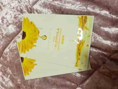 Unique Vernon verified customer review of 3 Calendula Deep Essence Masks