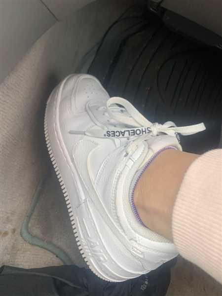 sloan taylor verified customer review of White Off-White Style SHOELACES