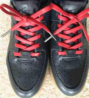 StevieB2 verified customer review of Red Luxury Leather Laces - Gunmetal Plated