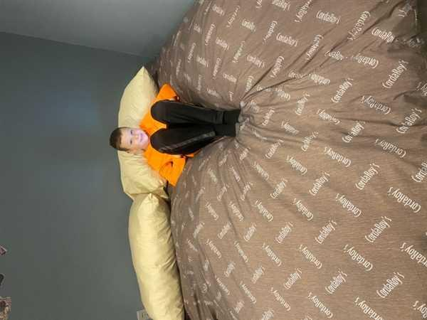 JULIE PIERCE verified customer review of Pillow Pod Footstools - Chenille