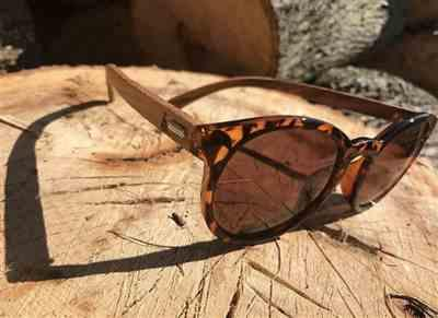 Mandalyn R. verified customer review of Wooden Sunglasses // Vintage 72