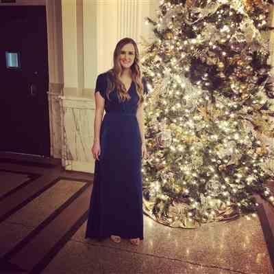 Jessica Kiskadden verified customer review of Athena Peacock Blue Pleated Maxi Dress