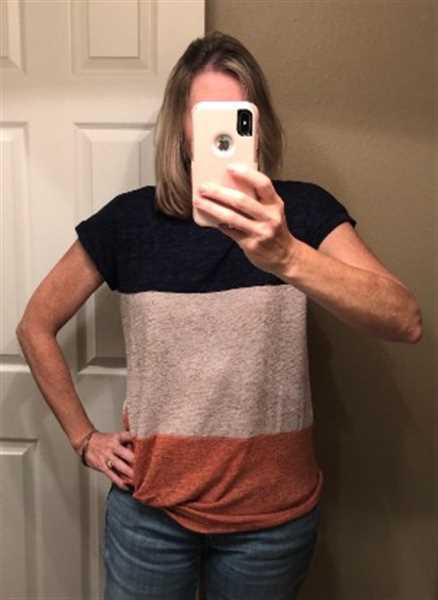 Penny Pincher verified customer review of Color Block Twist Casual T-shirt