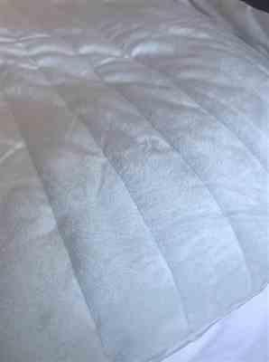 Cushion Lab Calm Embrace Weighted Blanket Review