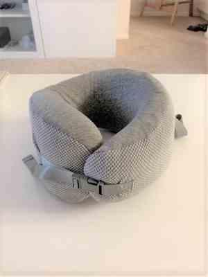 Cushion Lab Ergonomic Travel Neck Pillow Review