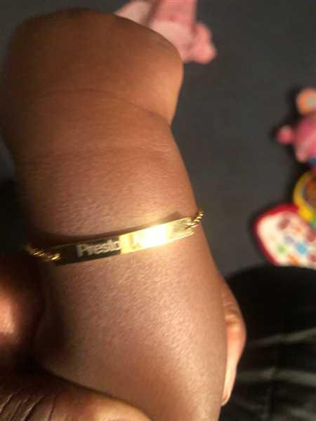 K***y verified customer review of Custom Bar Bracelet