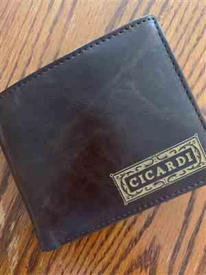 Randi C. verified customer review of Personalized Wallet: Classic