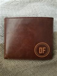 Amber F. verified customer review of Personalized Wallet: Circle