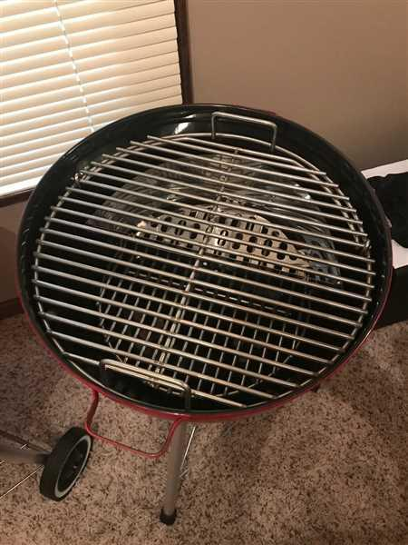 Anonymous verified customer review of Slow 'N Sear® Charcoal Basket