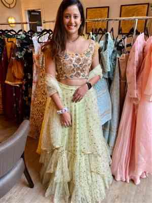 Isabel verified customer review of Chamak Lengha