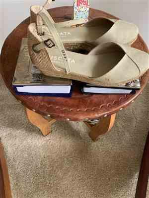 Antionette H. verified customer review of Pubol Canvas Espadrille Wedges - Beige