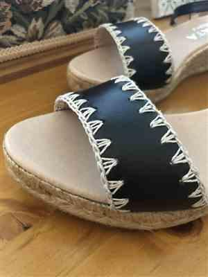 Tania M. verified customer review of Caproig Leather Wedges - Black