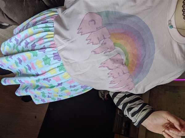 Emily T verified customer review of Pastel Get Bent Rainbow Tee