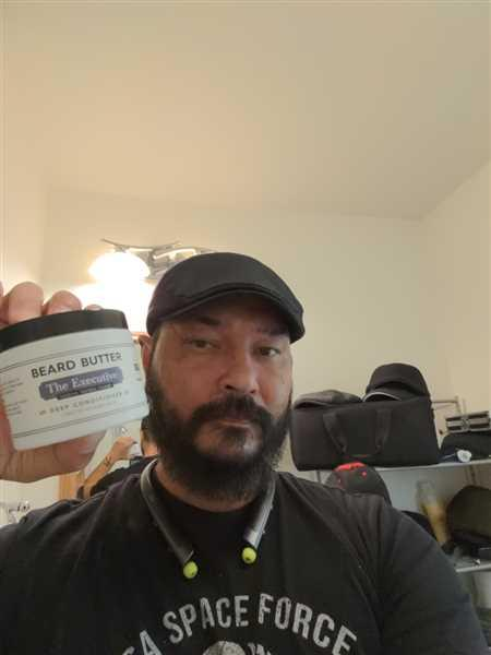 Henry Eger verified customer review of The Executive Beard Butter