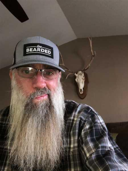 Scott Beale verified customer review of Heather Grey with Black Patch Trucker Hat