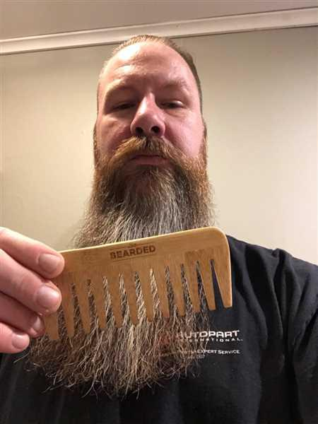 Scott Mitchell verified customer review of Beard Pick - Wide Tooth