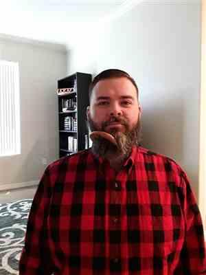 Christopher K. verified customer review of Beard Comb - Natural Wood