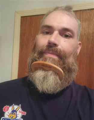 Justin S. verified customer review of Beard Comb - Natural Wood