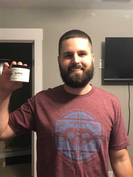 Aaron Symonette verified customer review of The Essentials Beard Kit
