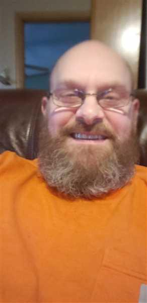 Robert Hurley Sr verified customer review of True Beardsman Beard Kit