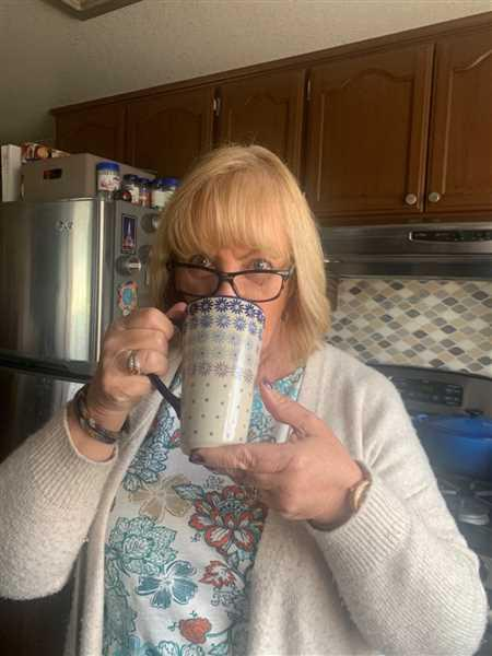 The Polish Pottery Outlet John's Mug (Dusty Daisy Chain) Review