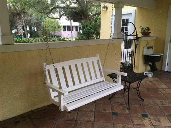 Patty Goffinet verified customer review of Porchgate Amish Made Mission White Porch Swing