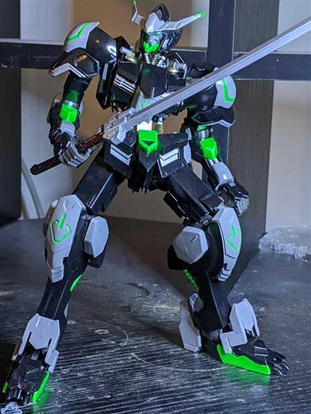Austin Pitts verified customer review of Orphans 1/100 Gundam Barbatos