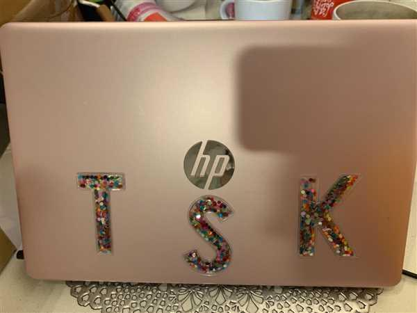 Takilyah Starke verified customer review of STICK TO IT CONFETTI LETTER
