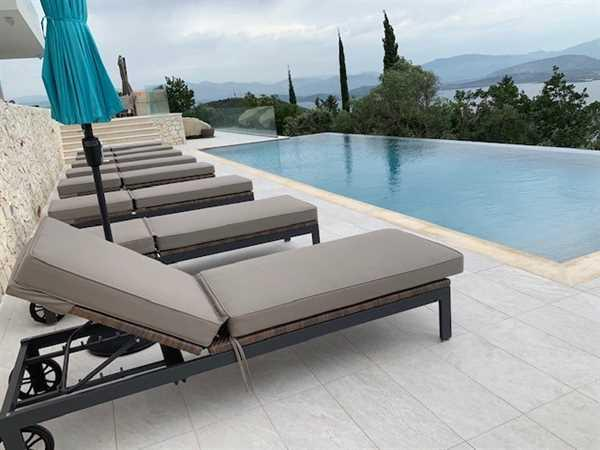 Emma Daglish verified customer review of Milano Sunbrella White Fabric Outdoor Sun Lounger Set