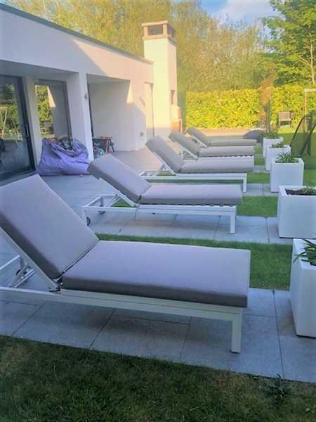Ollie McGovern verified customer review of Minimo Sunbrella Fabric Contemporary Sun Lounger
