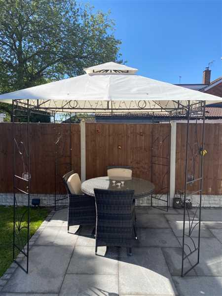 Gazebo Spare Parts CLEARANCE - Canopy for 2.5m x 2.5m Patio Gazebo - Two Tier Review