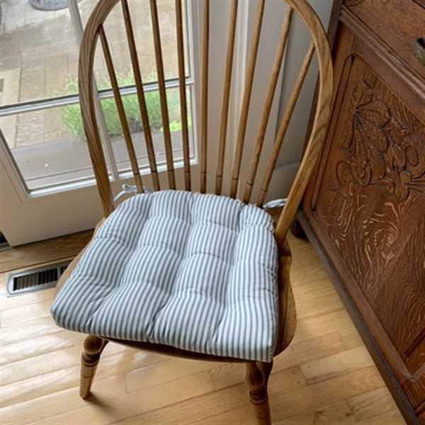 Barnett Home Decor Ticking Stripe Navy Blue Dining Chair Pads - Latex Foam Fill Review