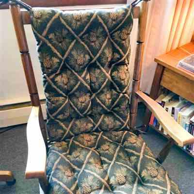 Rebecca M. verified customer review of Wilderness Pine Cones Green Rocking Chair Cushions - Latex Foam Fill