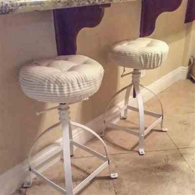 Rhonda M. verified customer review of Ticking Stripe Natural Bar Stool Cover with Adjustable Drawstring Yoke