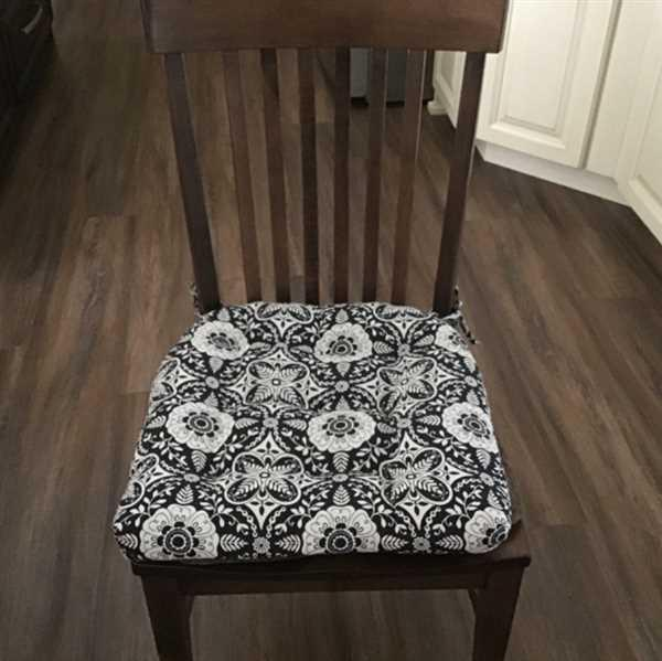 Barnett Home Decor Signature Black Dining Chair Pad - Latex Foam Fill - Made in USA Review